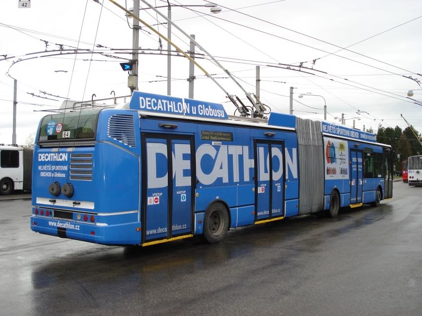 17 bus b.jpg